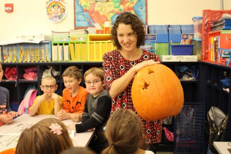 DCC Kindergarten Carves Pumpkins in Preparation for Halloween