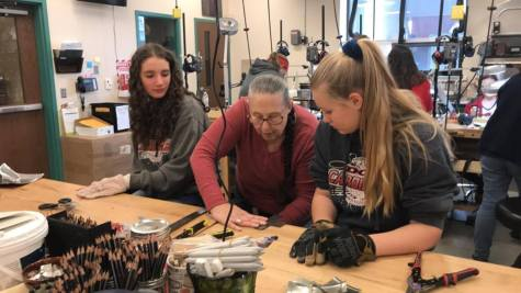 DCC Middle School Civil War Club Visits BCAT and Makes Tin Ornaments