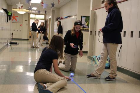DCC 6th Grade Enjoys Working with Sphero Robots