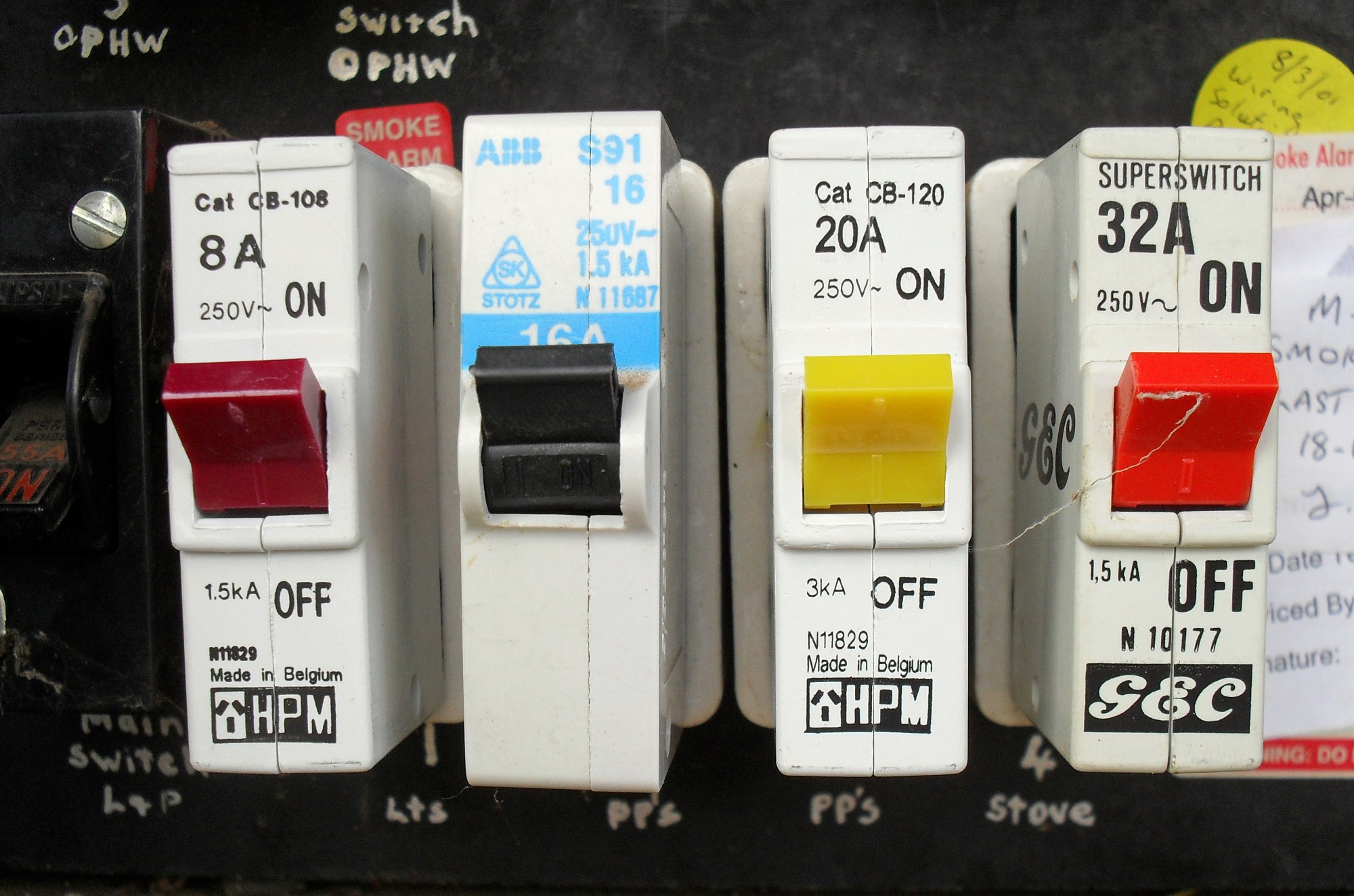 hight resolution of how can you tell if your circuit breaker is faulty or broken cardoso electrical services
