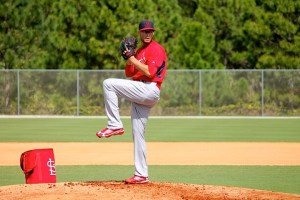 Joe Kelly pitching