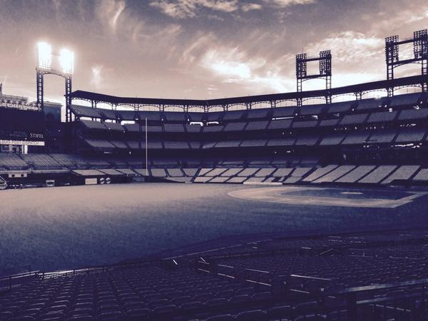 A lone light is left on in right field at Busch Stadium on Tuesday, Oct. 28, in honor of Oscar Taveras. (Cardinal)