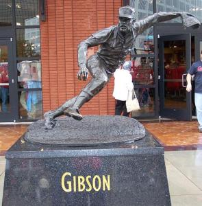 Gibson_statue
