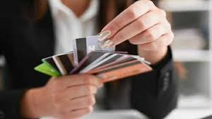 Choosing A Credit Card What Factors Are Important