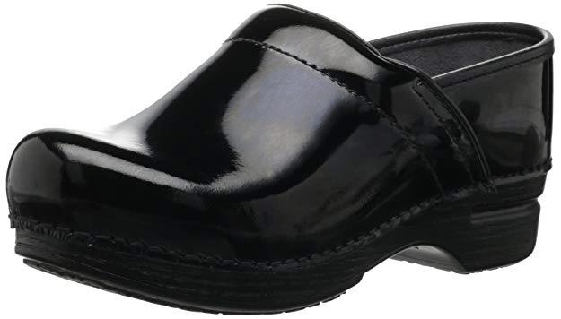 Best Nursing Shoes For Women – Clogs
