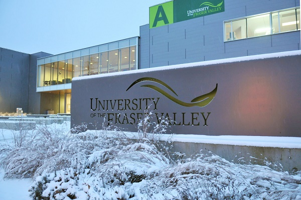 Regional Entrance Scholarship at University of the Fraser Valley in Canada 2020