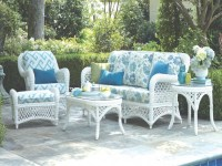 Get a decent look with white wicker patio furniture ...