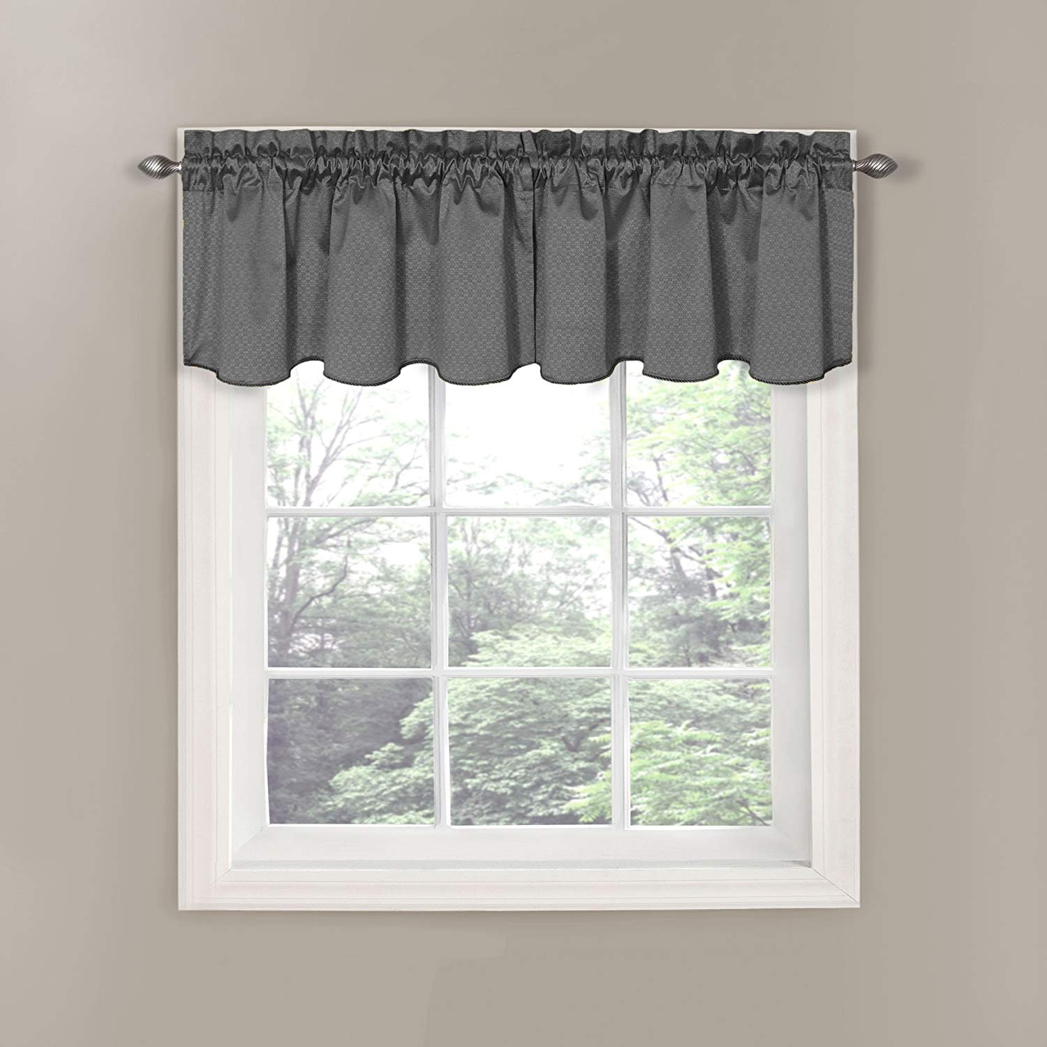 Make Your Window And Curtains Attractive By Installing