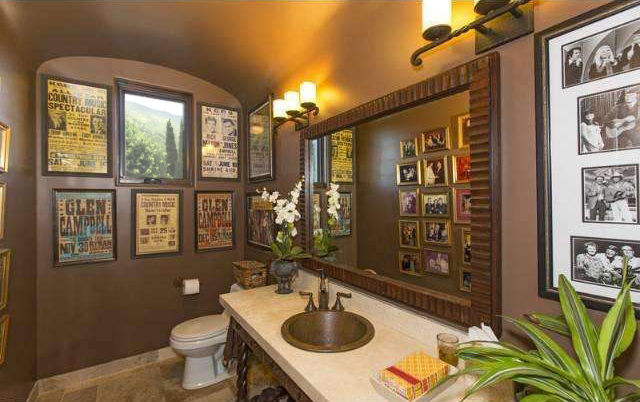 Kim Campbell's Bathroom for Redeem The Time