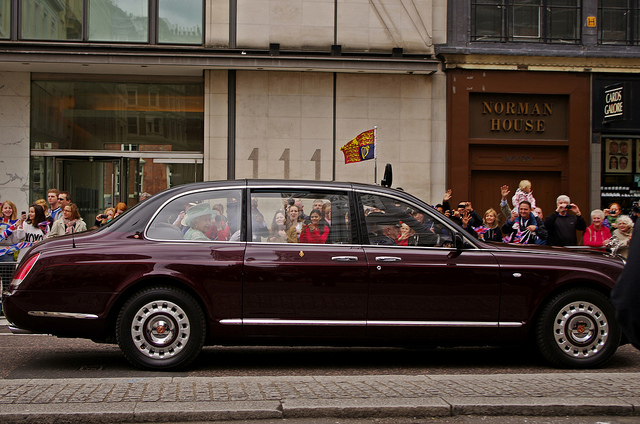 royal chauffeur job to drive queens cars