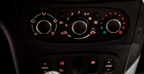 dashboard buttons for Ac and electric windows