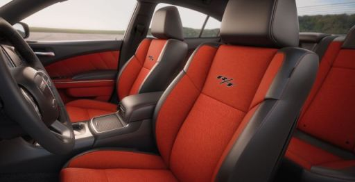 2015-dodge-charger-interior