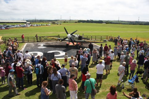Static Spitfire Display