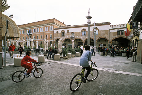 Ravenna Cyclists