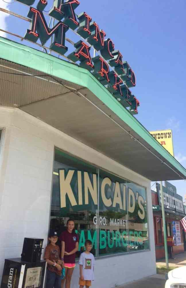 Kincaid's Hamburgers offers juicy burgers at their original location.