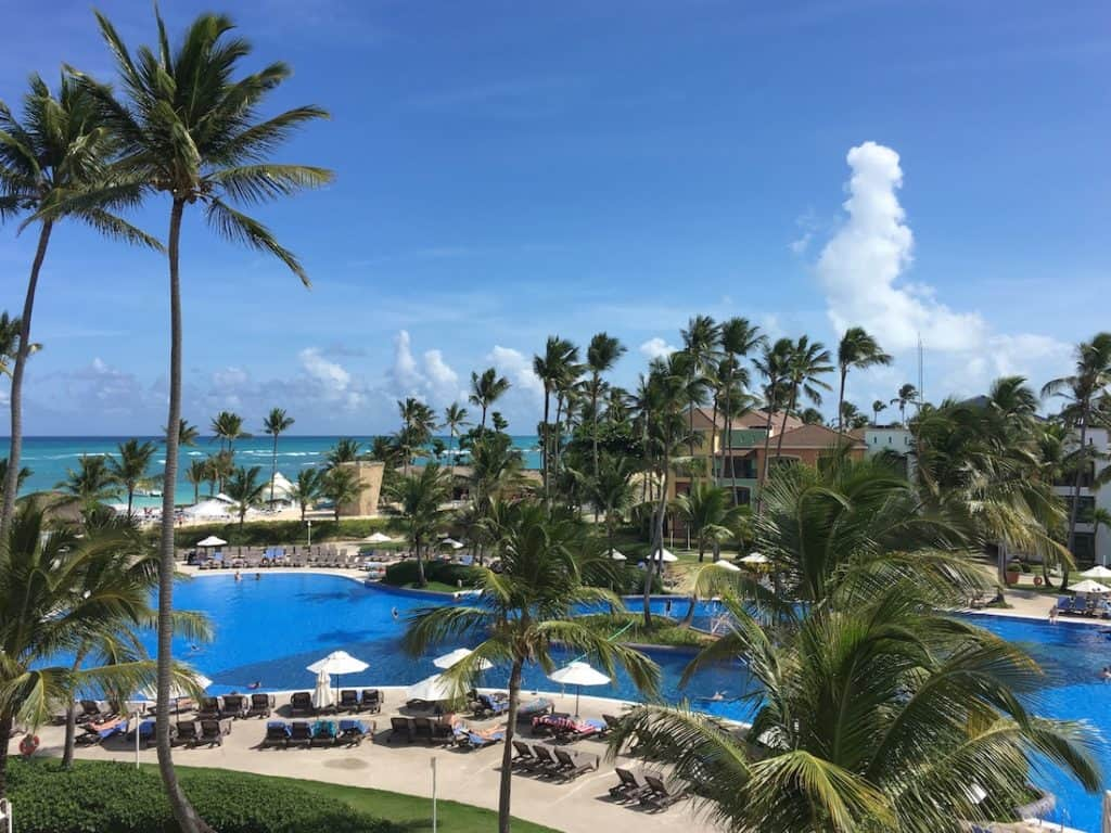 Ocean Blue and Sand with Kids | Dominican Republic All Inclusives ...
