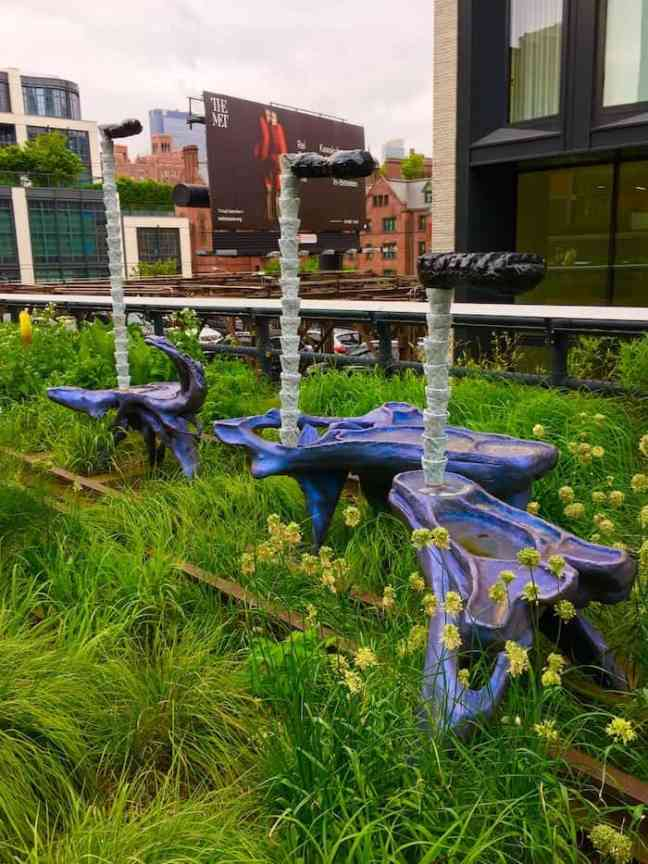 Walk High Line during your 4 day NYC itinerary.