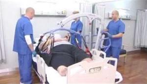 Grúa eléctrica para trasladar pacientes con sobrepeso