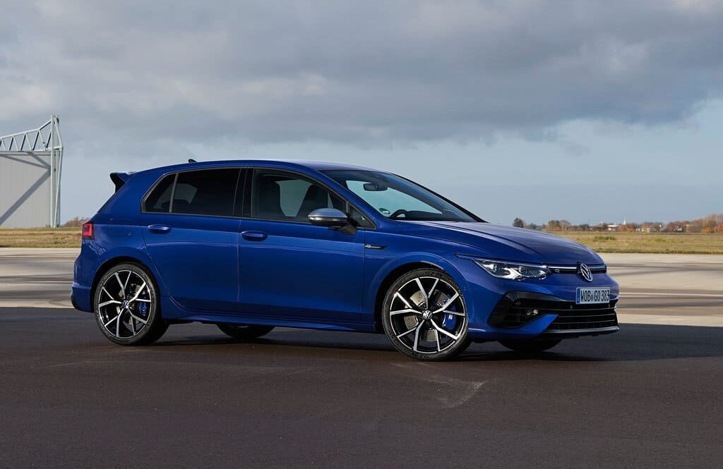 Volkswagen Discontinues Golf TSI but Remains Gold R and GTI for America