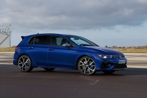 Volkswagen Discontinues Golf TSI but Remains Gold R and GTI for America_photo