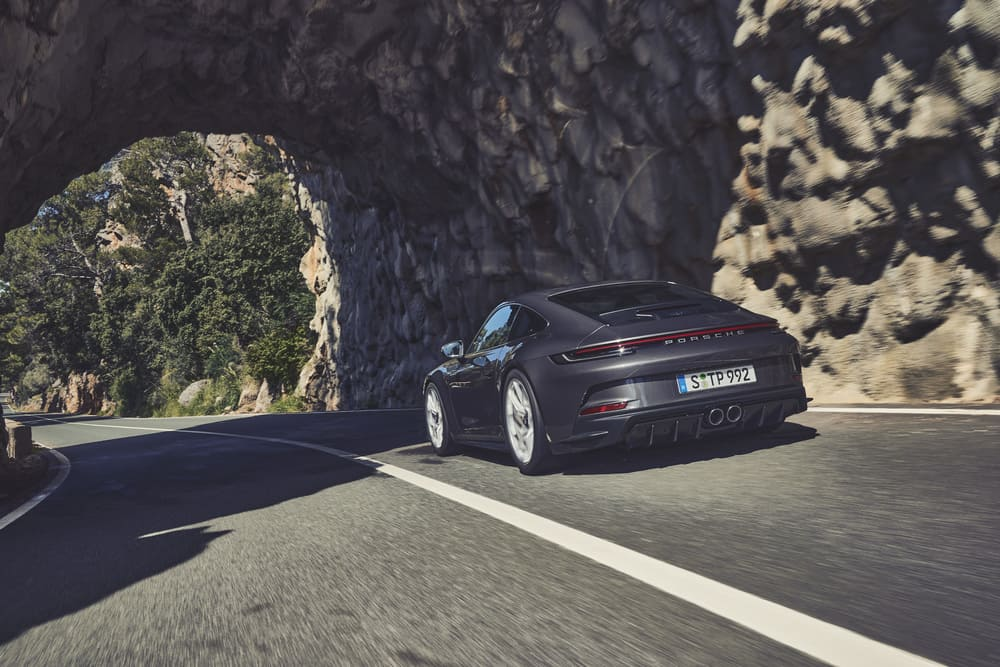New Porsche 911 GT3 Offers Touring Package with Omitted Fixed Rear Wing