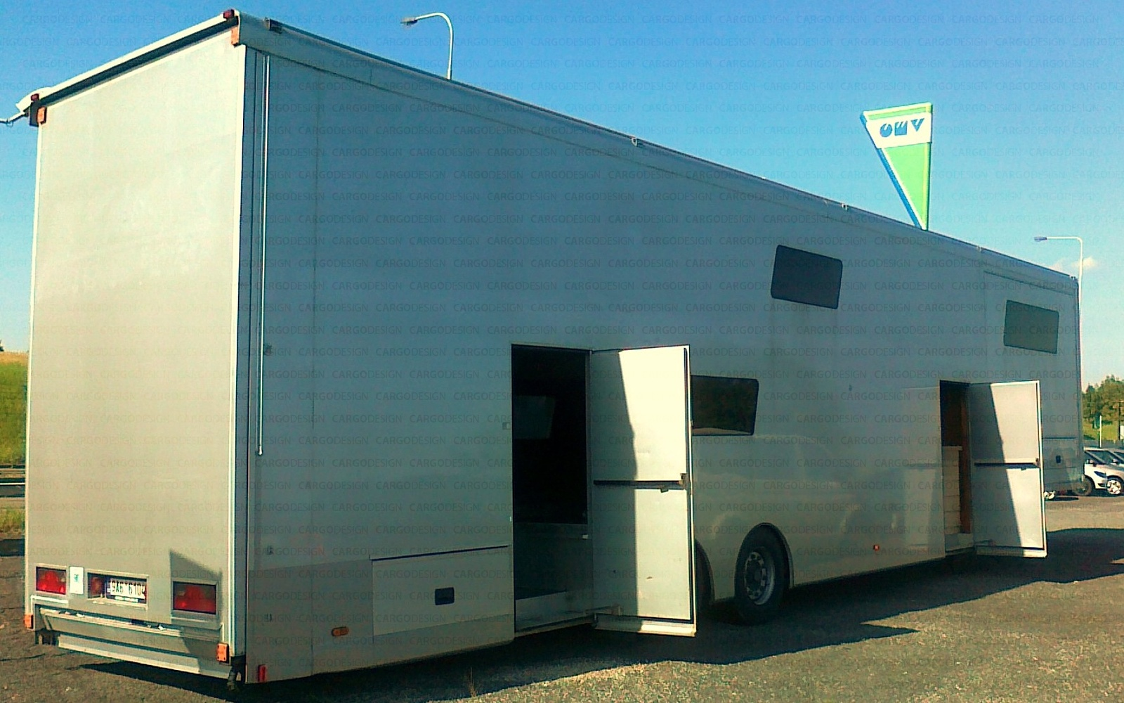 CARGOdesign  Conversion of a semitrailer  JV Racing Team 32013
