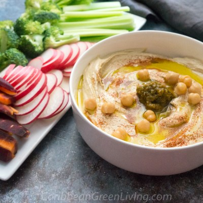 Easy and Tasty Hummus Dip