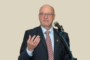 Tourism Minister for South Africa Mr Derek Hanekom. Photo courtesy etas.co.za