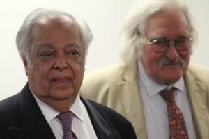 Sir Shridath Ramphal on the left. Photo courtesy CaribDirect