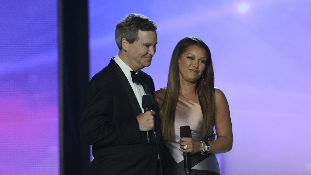 Miss America Apologizes to Vanessa Williams