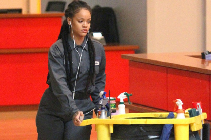 Rihanna Moonlights as a Janitor for Oceans 8 (Pics)