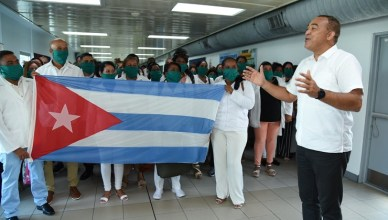 Jamaica receoves help from Cuban doctors