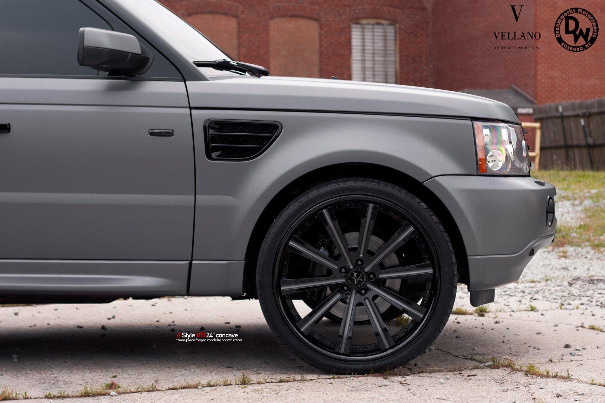 Matte Gray Range Rover Sport Sitting Well on Contrasting Black