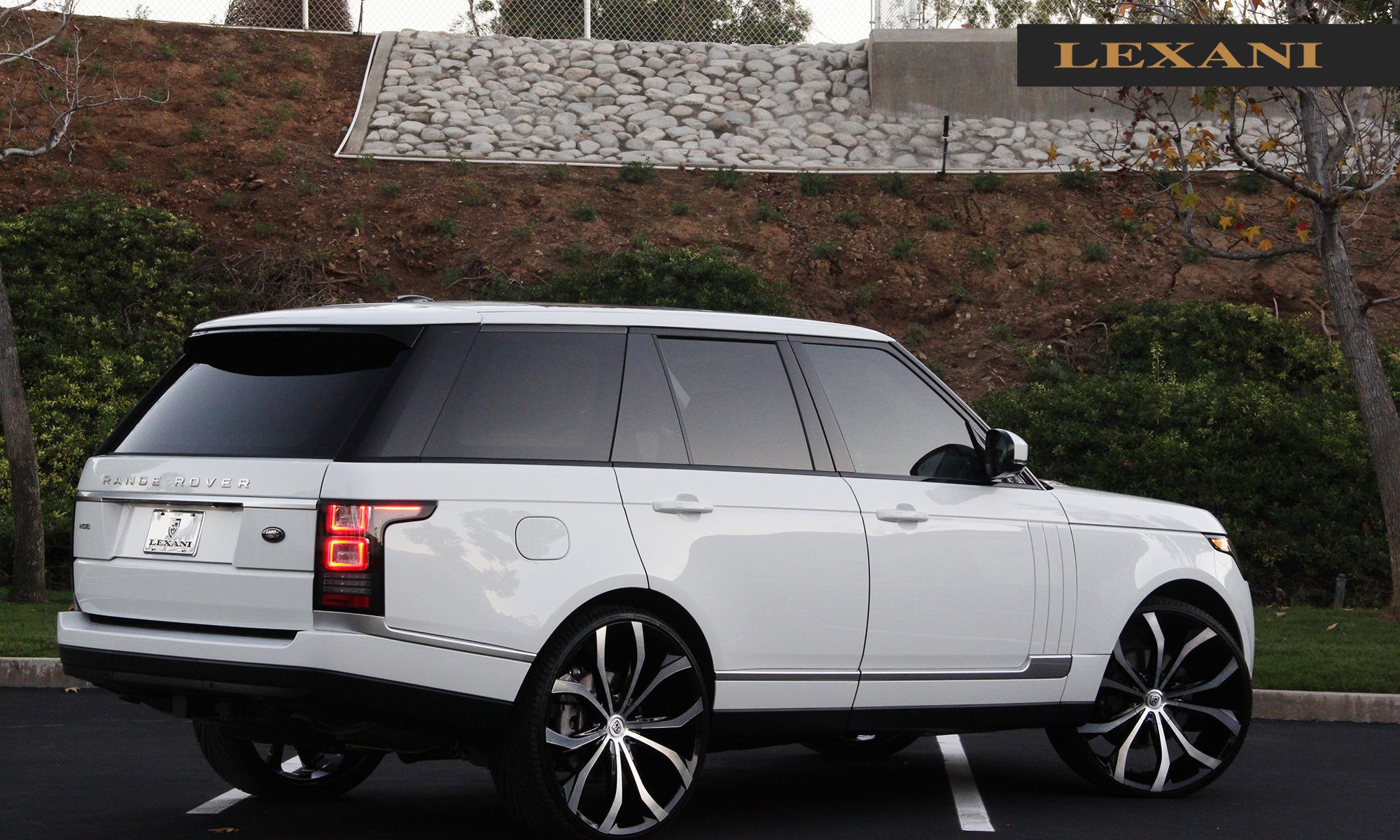 Deluxe White Range Rover on a Set of Custom Rims — CARiD Gallery