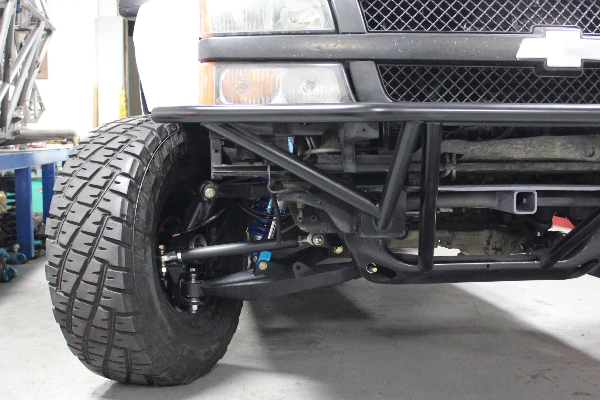 hight resolution of  suspension race control arm