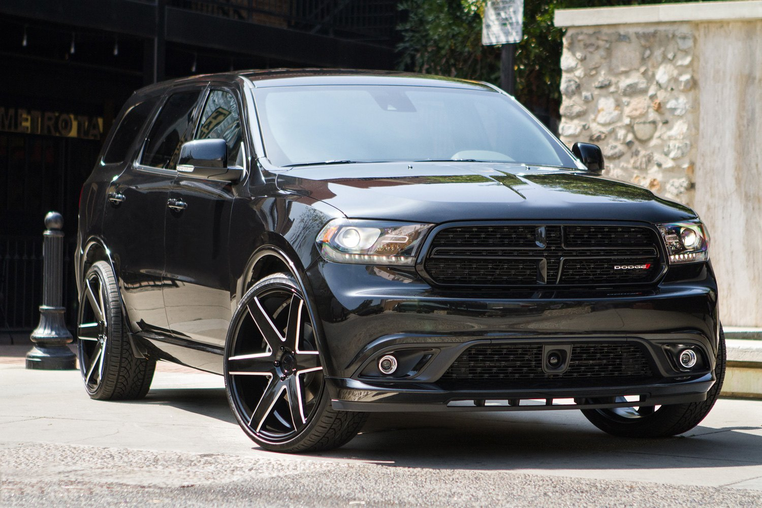 hight resolution of verde v24 invictus gloss black with milled accents 22 x 9 5 18 offset 5x139 7 bolt pattern 77 8mm hub