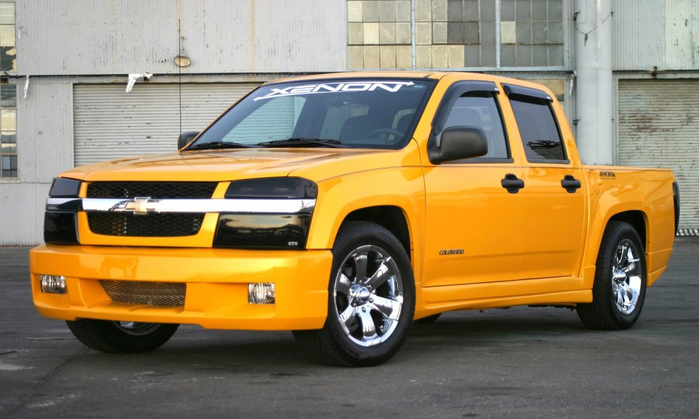 medium resolution of xenon body kit chevy colorado