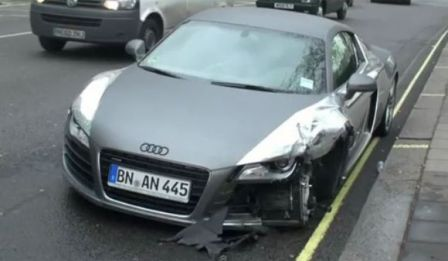 Accident de voiture Audi R8 Chrome à Londre