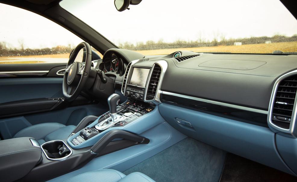 Porsche cayenne s diesel 382 ch blog auto carid al for Interieur porsche cayenne