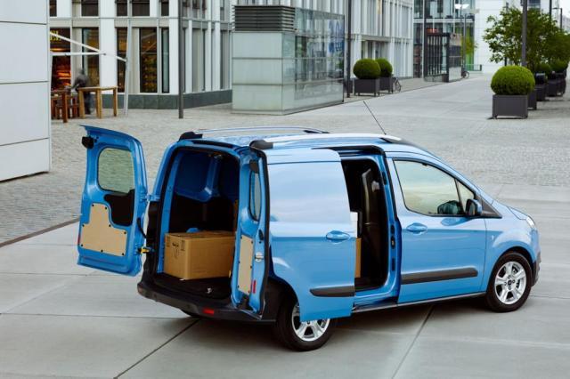 Nouveau Ford Transit Courier