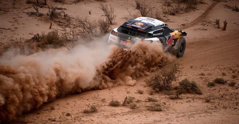 Stéphane Peterhansel remporte le Dakar 2017 devant son coéquipier Sebastien Loeb