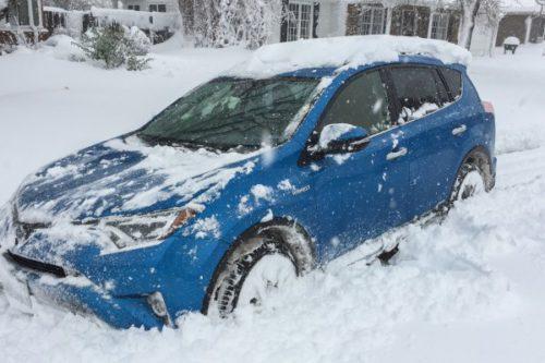 Toyota Rav4 Hybrid dans la neige
