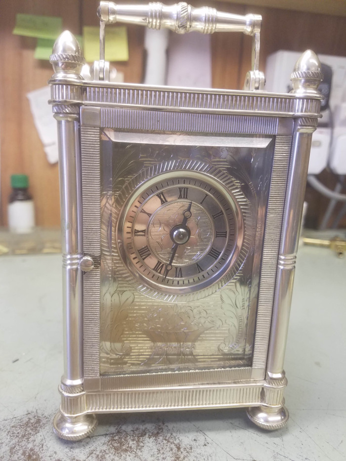 Photo of a silvered carriage clock