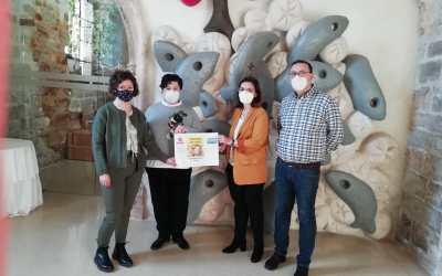 El grupo CVX Hogar Santa María aporta 3.000 € al programa de Mujer