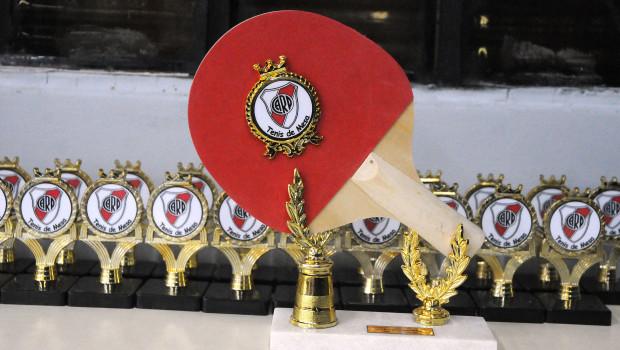 Torneo monumental de tenis de mesa