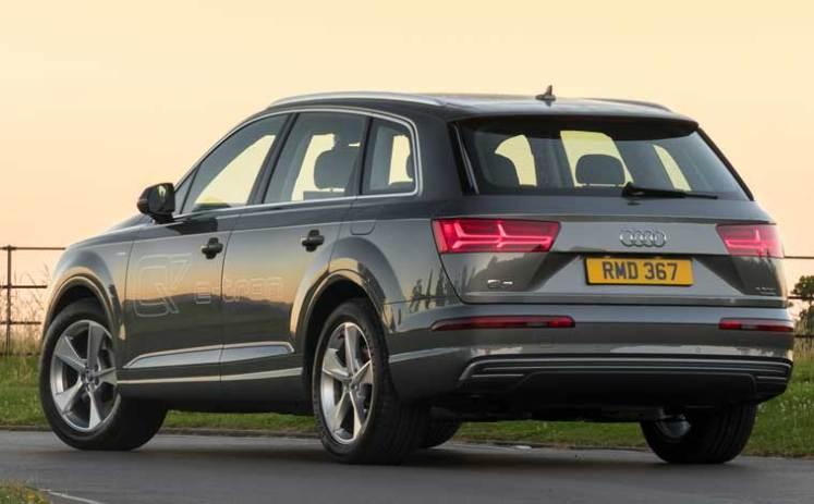 Audi-Q7-e-tron-rear