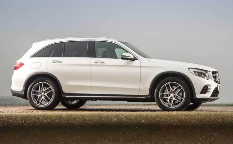 Mercedes-GLC-side