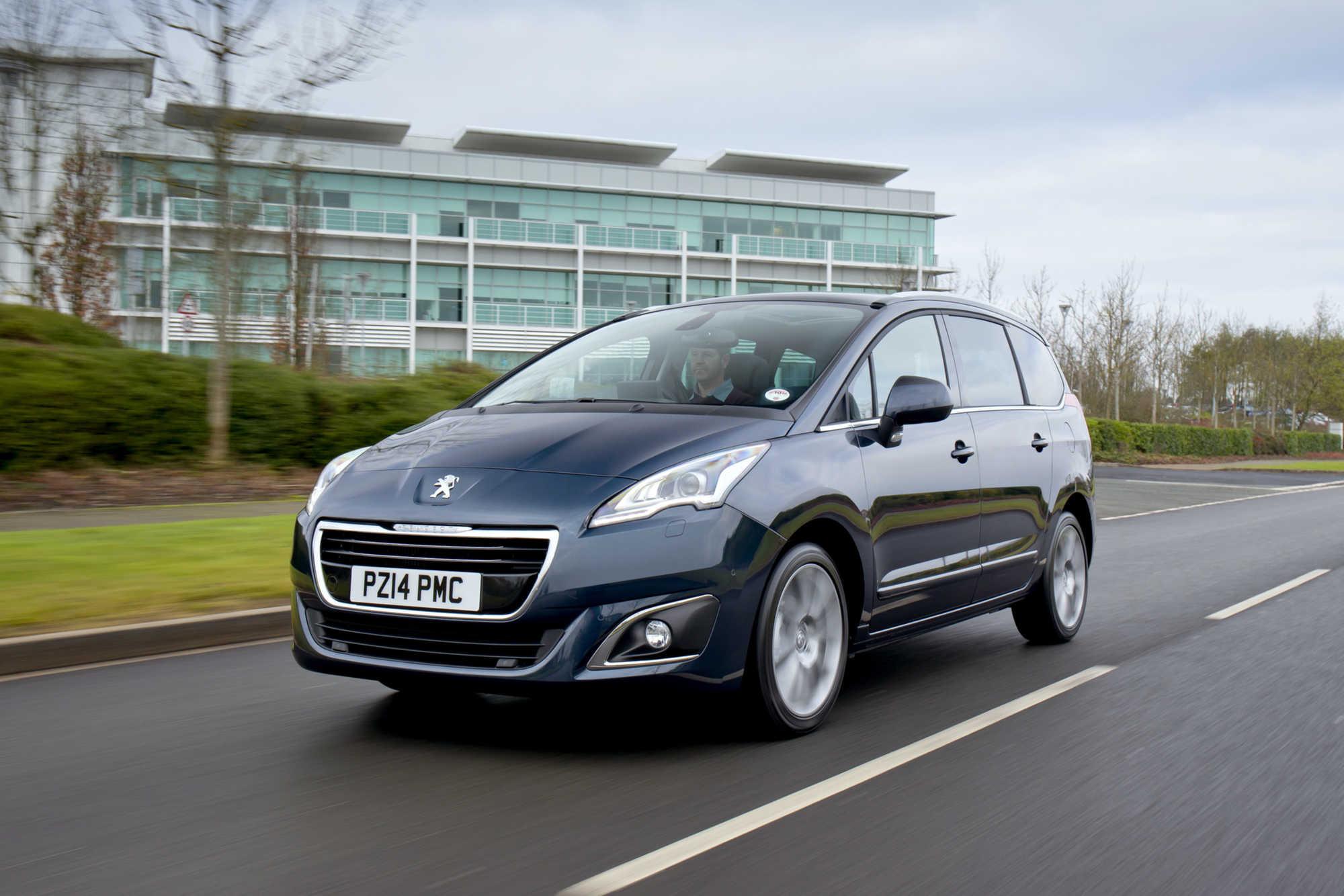 Peugeot 5008 MPV - Car Keys