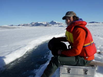 Jill Rajewicz temperature and salinity of the water in a crack on the Milne Ice Shelf