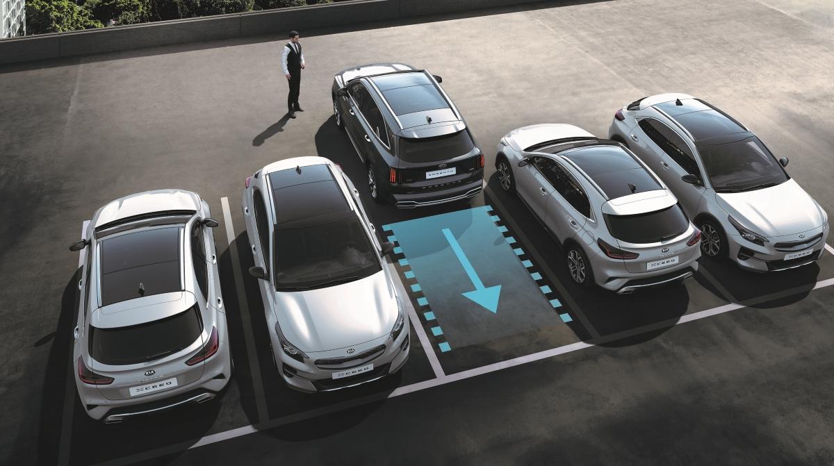Ny KIA Sorento parkerer selv